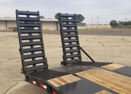 Kraftsman Trailers 60K 25 Ton Pintle Heavy Equipment Trailer w/ Lift Axle